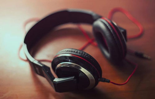 Malicious software reconfigures headphones to record sound